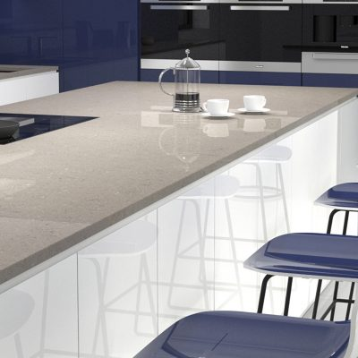CRL Quartz's wear & tear resistant Grey Mist kitchen surface, displaying coffee & white mugs on top